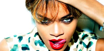 Rihanna's Unapologetic leads Official Albums Chart race