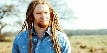 Newton Faulkner beats Frank Ocean to top the Official Albums Chart