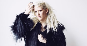 Ellie Goulding on course for second Number 1 album