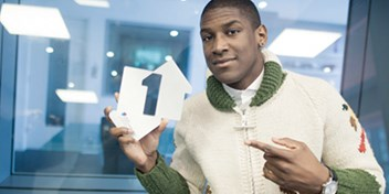 Labrinth scores first UK solo Number 1 with a little help from Emeli S