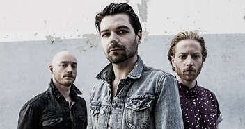 Biffy Clyro score first ever Number 1 album