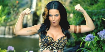 Official Charts Flashback 2013: Katy Perry – Roar