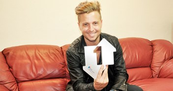 OneRepublic reclaim UK singles top spot with Counting Stars