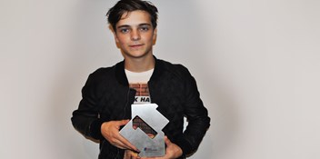 Martin Garrix chats about his Official Number 1 single, Animals