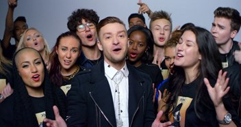Video - Michael Jackson & Justin Timberlake's Love Never Felt So Good