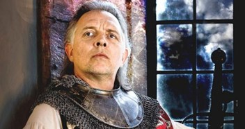 Rik Mayall's 'lost' World Cup anthem heading for the Top 40!