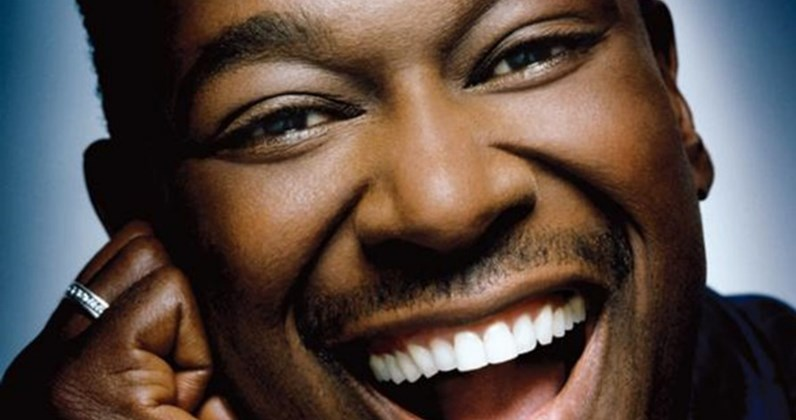 Luther Vandross complete UK singles and albums chart history