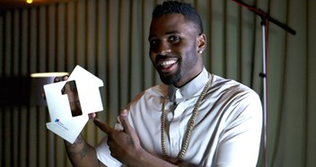 Jason Derulo's Want To Want Me wins a second week at Number 1 on the Official Singles Chart