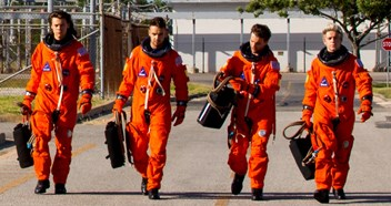 One Direction lift off for new Drag Me Down video