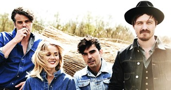 "The Common Linnets talk life after Eurovision, their new album II: ""All killers, no fillers!"""
