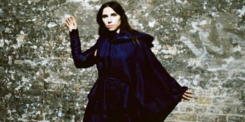 PJ Harvey's Hope Six Demolition Project becomes her first Number 1 album