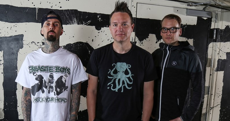 Blink-182 complete UK singles and albums chart history
