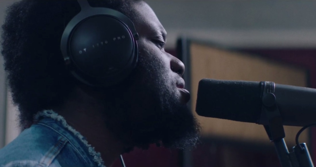 Watch Michael Kiwanuka's stunning performance of Final Frame: Premiere