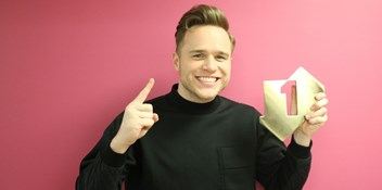"Olly Murs tops the Official Albums Chart with 24 HRS: ""Its an amazing achievement for me to have had four Number 1 Albums in a row"""
