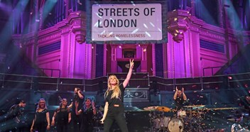 Best music pictures of the week: Ellie Goulding, Little Mix, Olly Murs, more