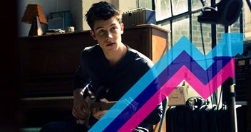 Shawn Mendes vaults to the top of the Official Trending Chart