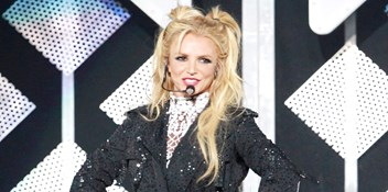 Britney Spears is not performing at the Super Bowl 2018, but who should?