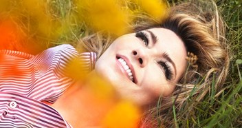 "Shania Twain previews her new album Now: ""There are a lot of conflicting emotions"""