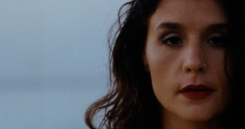 Jessie Ware's new single Midnight will have its first play on Annie Mac's BBC Radio 1 show