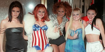 Official Charts Flashback 1997: Spice Girls - Spice Up Your Life