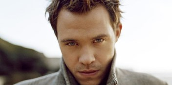 Official Charts Flashback 2003: Will Young – Leave Right Now
