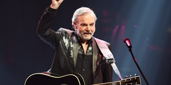 "Neil Diamond announces retirement from touring: ""The ride has been so good"""