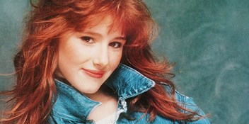 Official Charts Flashback 1988: Tiffany – I Think We're Alone Now