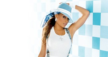 Official Charts Flashback 2003: Blu Cantrell – Breathe