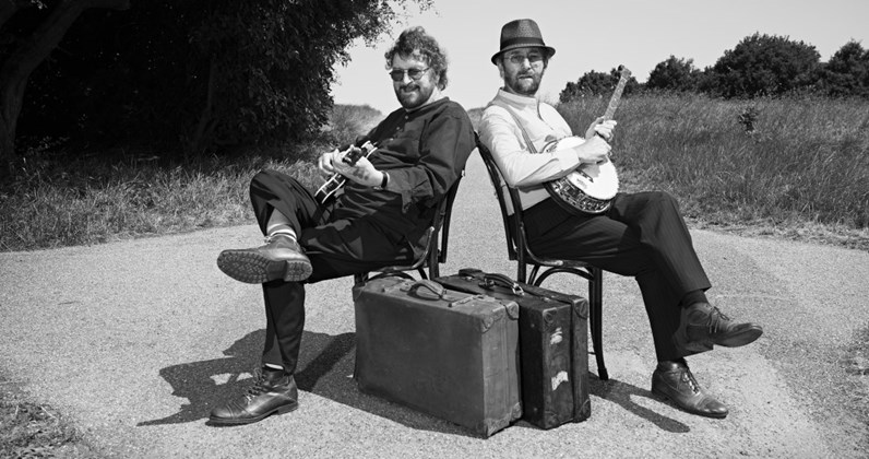 Chas and Dave complete UK singles and albums chart history