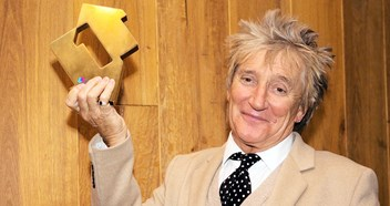 "Rod Stewart sees off Cher to claim ninth Number 1 album: ""I feel like I scored the winning goal in front of the home crowd"""