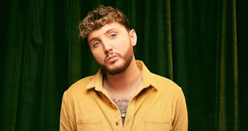 "Interview: James Arthur describes his new single as ""Impossible for 2018"""