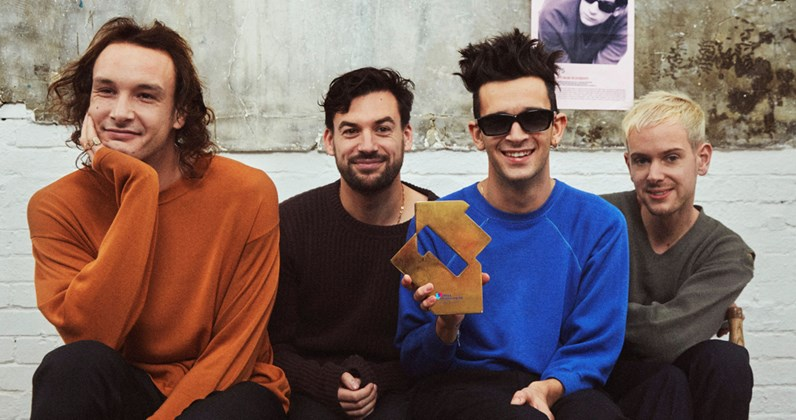 The 1975 complete UK singles and albums chart history