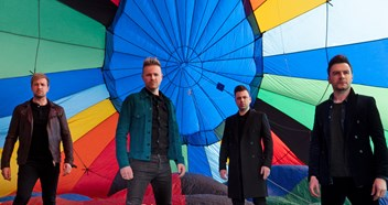 Westlife heading for fourteenth Number 1 on the Official Irish Singles Chart with Hello My Love