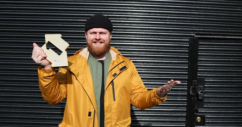 Tom Walker complete UK singles and albums chart history
