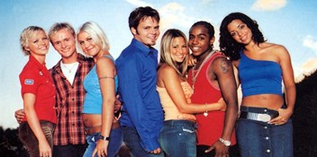 Official Chart Flashback 2001: S Club 7 - Don't Stop Movin'