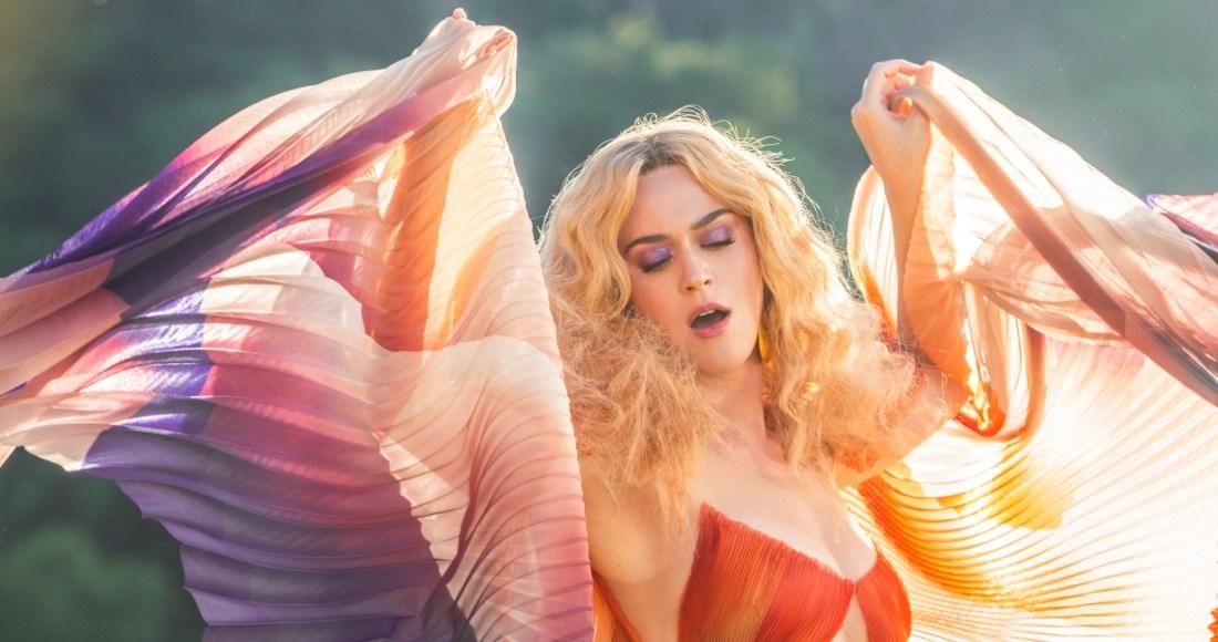 Hook Up testi Katy Perry incontri online Londra gratis
