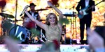 Kylie Minogue aiming for Number 1 after Glastonbury legends slot