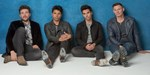 Stereophonics racing to their seventh UK Number 1 album with Kind