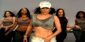 Official Charts Flashback 2005: Jennifer Lopez - Get Right