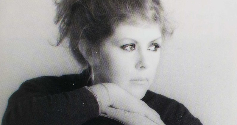 Kirsty MacColl hit songs and album