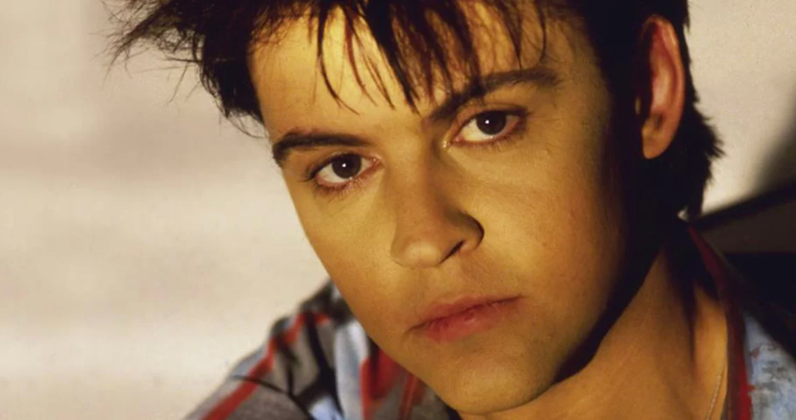 Paul Young hit songs and albums