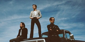 The Killers score their fifth Irish Number 1 album with Imploding The Mirage