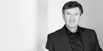 Daniel O'Donnell extends UK chart record as new album Daniel becomes his 40th Top 40