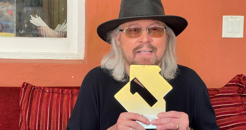 Barry Gibb lands his first solo Number 1 album with Greenfields